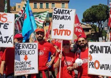 Sanità privata, lavoratori in presidio davanti al ministero
