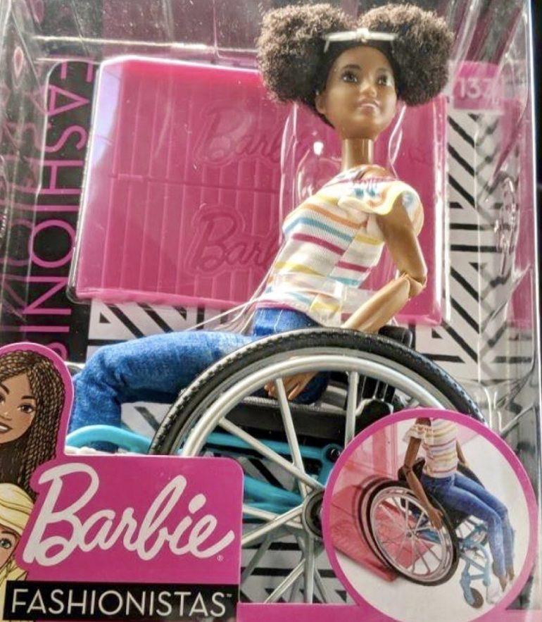 barbie di colore