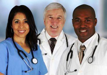 Boom di assunzioni per medici, infermieri e fisioterapisti stranieri. Ma gli stipendi…