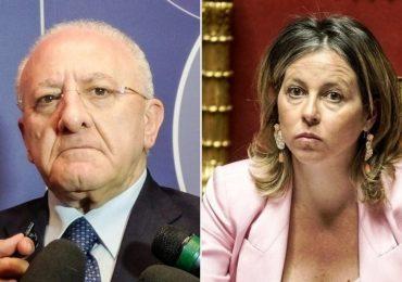 Campania, botta e risposta tra De Luca e Grillo sui punti nascita