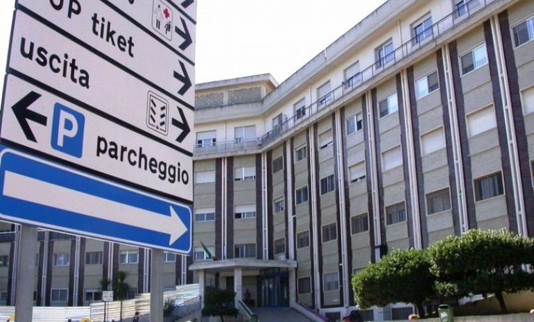 Corato (Bari), ortopedico licenziato senza preavviso: effettuava visite in nero nel suo studio abusivo