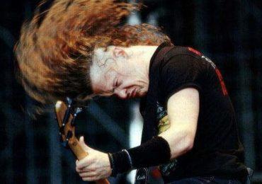 Musica Heavy Metal ed Headbanging: scuotere la testa espone ad un rischio aumentato di lesioni a testa e collo?