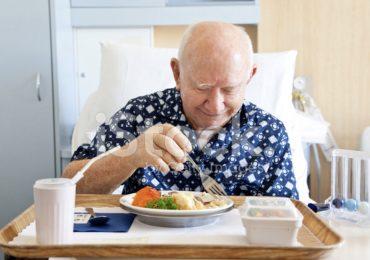 Padova: tagli all'acqua per i pazienti e ai cambi lenzuola: ridotto anche il buono pasto degli infermieri