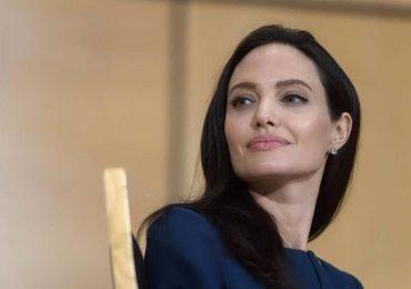 """""""Gene Jolie"""", gli oncologi chiedono la rimborsabilità del test"""