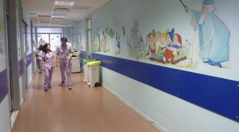 Infermieri e medici dell'Asl To3 si prenderanno cura dei figli dei degenti per ridurre la loro solitudine