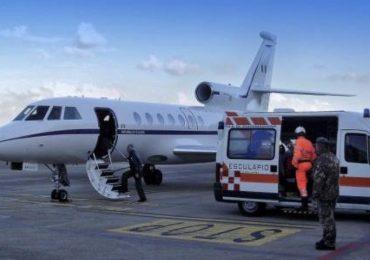 Medico e infermiere del Gaslini in volo verso Catania per salvare la vita di una neonata di soli 3 giorni