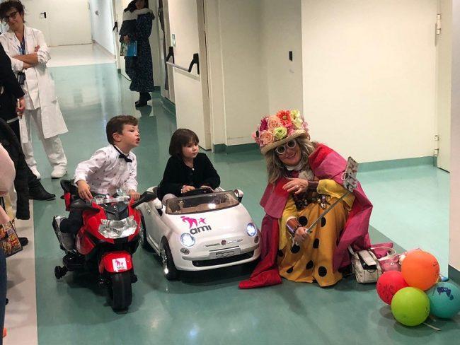 I piccoli pazienti del Santo Stefano andranno in sala operatoria a bordo di minicar e accompagnati da clown 1
