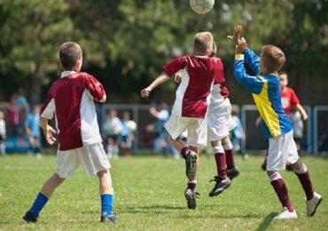Demenza: stop al colpo di testa per i piccoli calciatori?