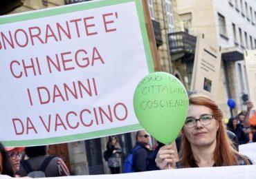 Germania: pugno di ferro contro i genitori NoVax. € 2.500 di multa per chi non vaccina i propri figli