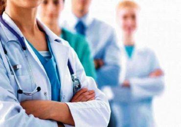 Scontro infermieri-medici: Fnopi bacchetta Fnomceo