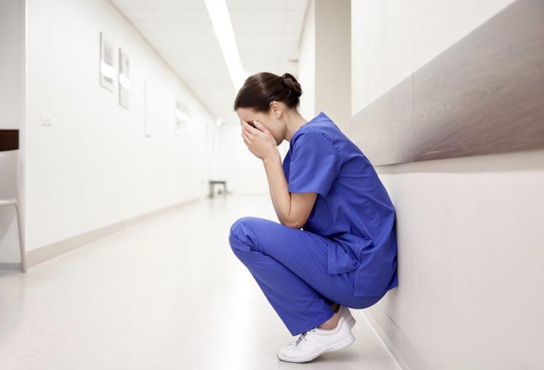 Gli infermieri italiani sono sempre più poveri: perso il 6,33% del potere di acquisto della busta paga negli ultimi 10 anni