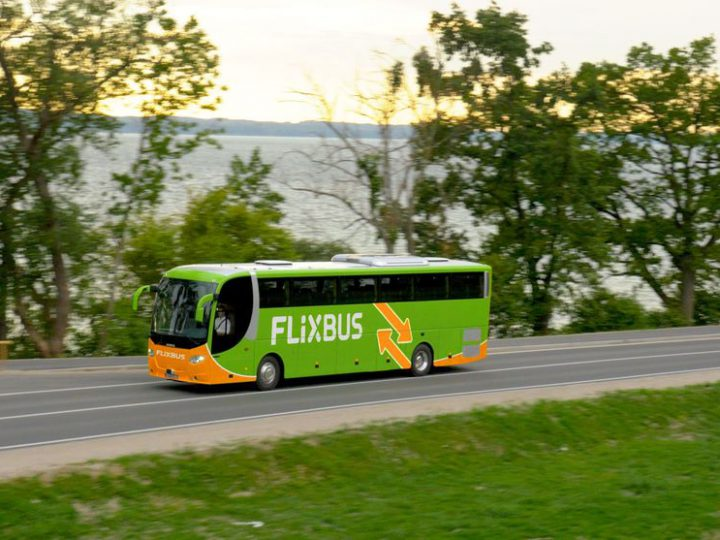 Malore a bordo del FlixBus: ambulanza del 118 costretta ad inseguire il mezzo per evitare ritardi sulla tabella di marcia
