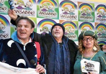 """Bologna, Vasco Rossi è il """"primario del sorriso"""""""