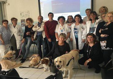 Cani in Pediatria: l'iniziativa dell'Ausl Toscana Centro