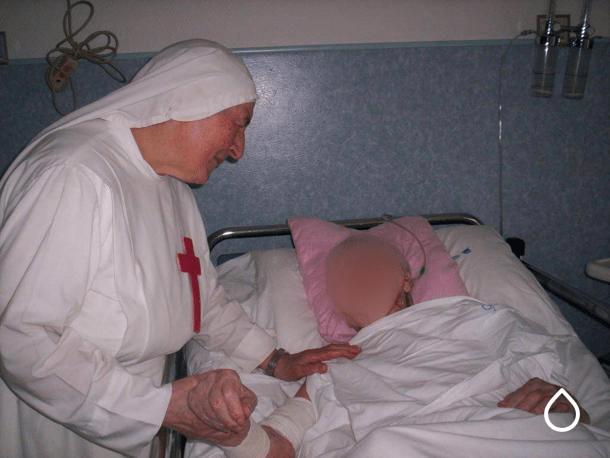 Mancano gli Oss in corsia: AOU di Sassari arruola una congregazione di suore per sopperire alla carenza