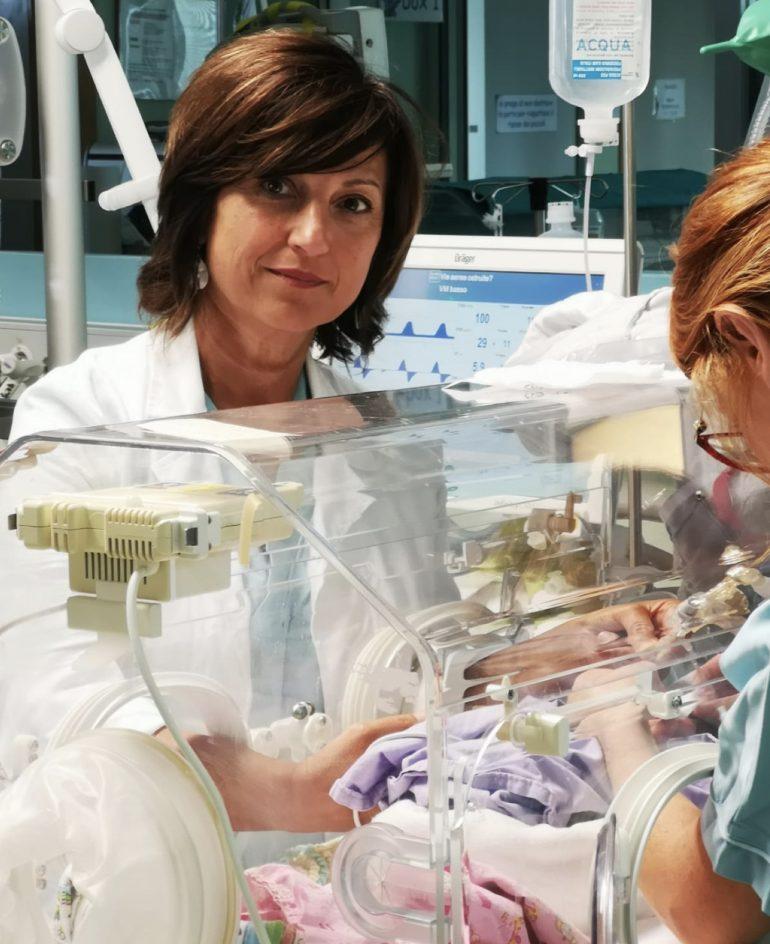 Terapia intensiva neonatale di Rimini: smartphone vietati. Distraggono il personale e causano infezioni