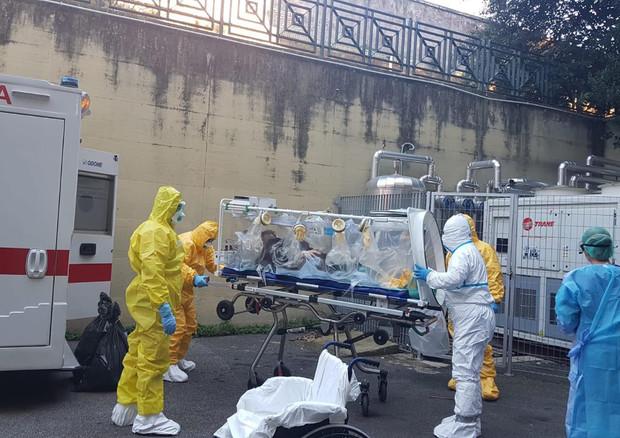 Coronavirus: è rientrato in Italia Niccolò, il 17enne bloccato a Wuhan