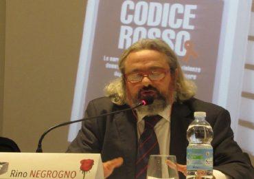 """""""Codice Rosso"""": il libro di Rino Negrogno fa tappa a Ferrara."""