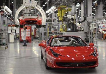 Coronavirus: gli stabilimenti Ferrari produrranno ventilatori polmonari anziché automobili