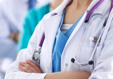 Coronavirus, dottoressa con auto in panne: officine si rifiutano di soccorrerla.