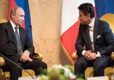 Coronavirus, Putin aiuta l'Italia: in arrivo virologi e attrezzature dalla Russia.