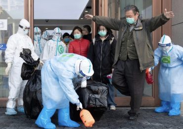 In attesa di tampone per diagnosi di Coronavirus sputa contro medico e infermiere e poiché fugge: sanitari in quarantena