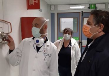 Liguria: un premio da € 1.000 per infermieri, medici e oss in prima linea contro il Covid-19