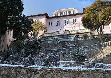 """Marciana (Livorno), il Comune chiarisce l'equivoco infermiera-negoziante: """"L'emergenza e l'importanza di mantenere la calma""""."""