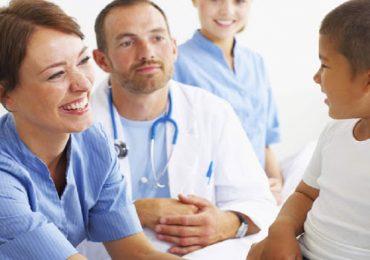 Neonatologie e pediatrie agli infermieri pediatrici.