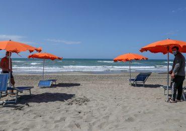 Coronavirus: le indicazioni di Inail e Iss sul corretto comportamento in spiaggia
