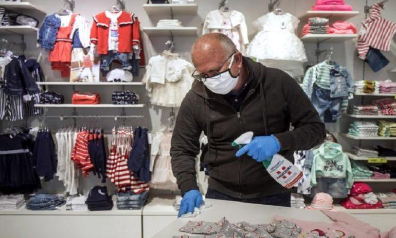 Coronavirus, le raccomandazioni Iss per la sanificazione dei negozi