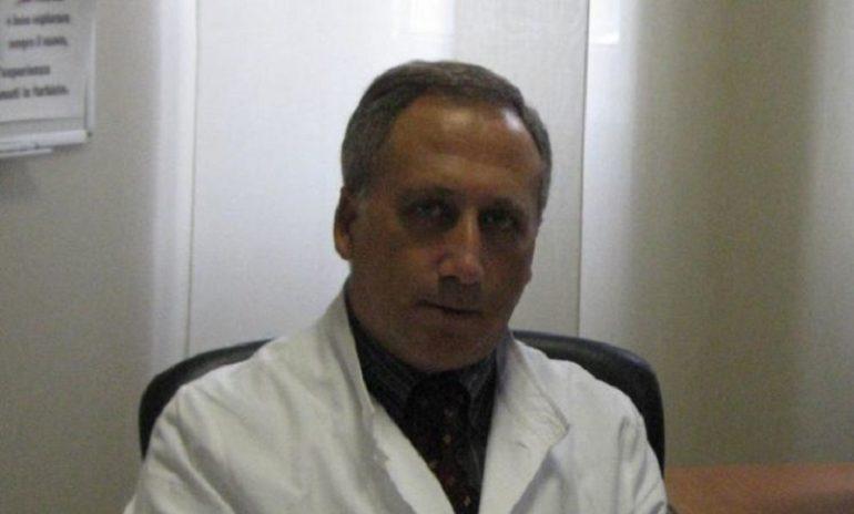 """Coronavirus, l'ottimismo del virologo Caruso: """"Sta perdendo forza"""""""