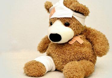 Coronavirus, tra i sintomi dei bambini anche lesioni alle estremità