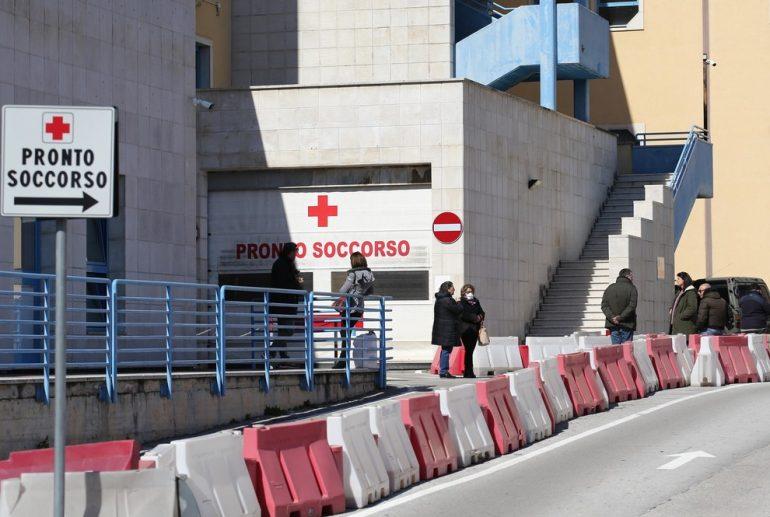 Covid-19, Stato di agitazione degli infermieri al Pronto Soccorso del Moscati