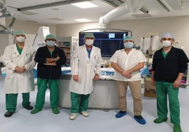 Dotto biliare riaperto con due piccoli magneti: eccezionale intervento in tempo di Covid-19