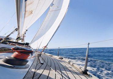 Vacanze in barca a vela gratuita per infermieri, medici e oss in prima linea contro il Covid-19