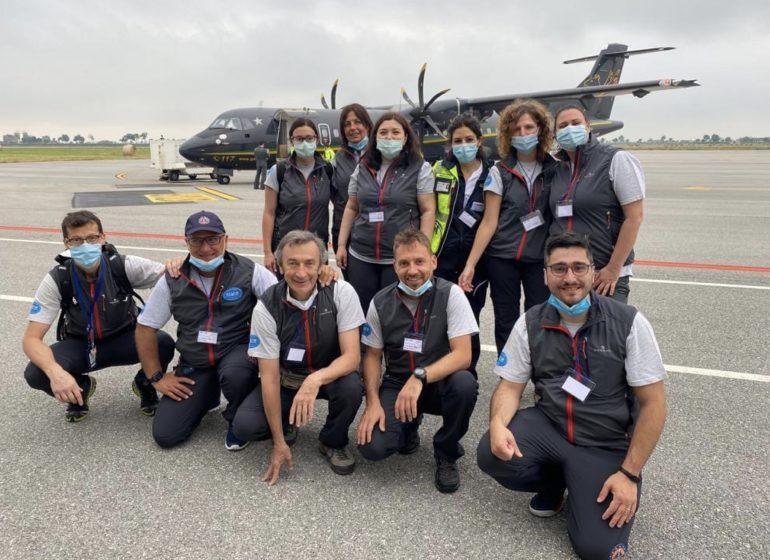 11 infermieri e medici specializzati in volo verso l'Armenia per combattere il Covid-19