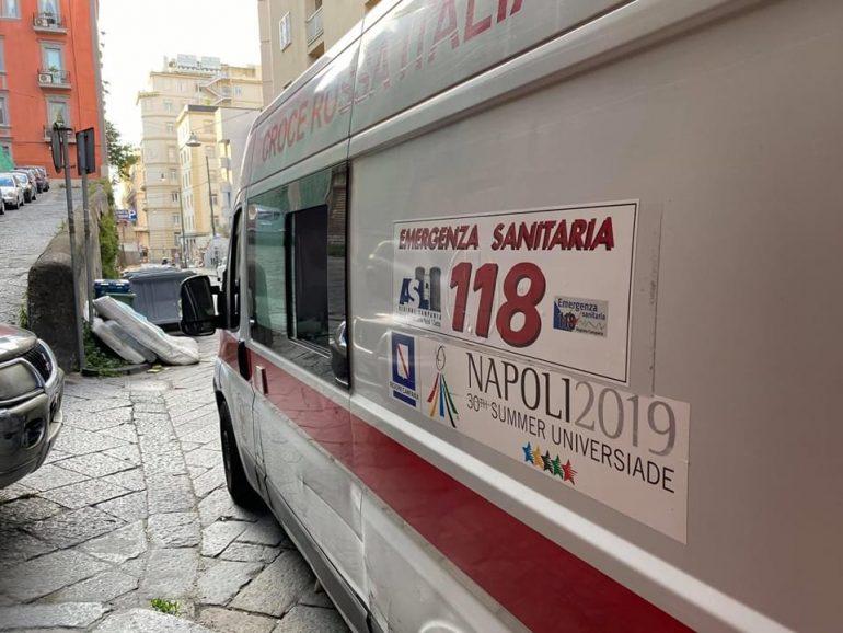 118 Napoli: ambulanza vandalizzata nella notte per rubare monitor e dispositivi medici