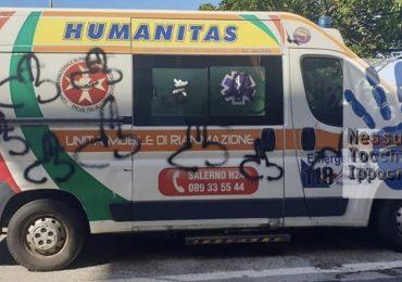 """Ambulanza del 118 imbrattata da numerosi disegni osceni durante un'urgenza:""""È finita l'epoca degli eroi"""" 3"""