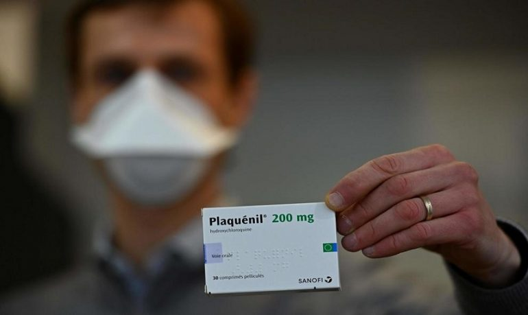 Coronavirus, caos idrossiclorochina: 140 medici contro l'Aifa