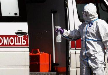 """Coronavirus, """"quasi 500 morti tra gli operatori sanitari"""" in Russia: smentite le stime ufficiali"""