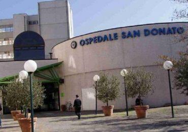Arezzo, morì per una diagnosi sbagliata e un intervento non eseguito subito: condannati due medici