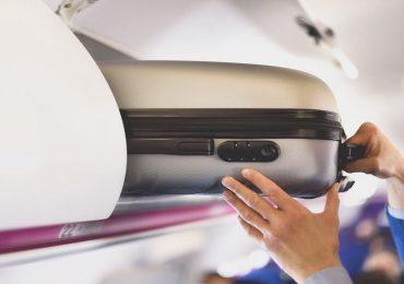 Coronavirus e viaggi in aereo, torna il trolley in cabina: il commento di Sandra Zampa
