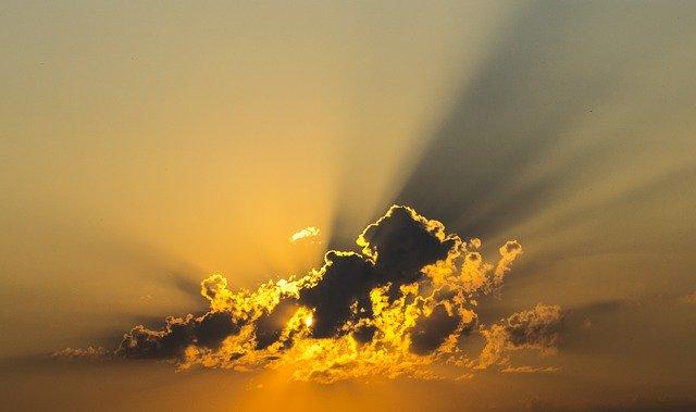 I raggi solari in grado di abbattere la carica del virus