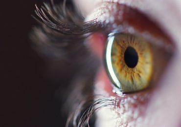 Patologie oculari, sviluppata prima protesi artificiale liquida di retina