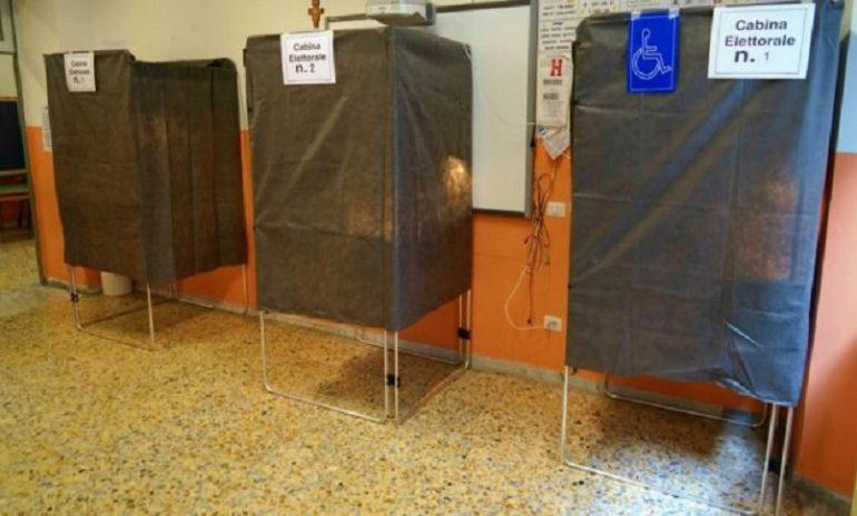 Coronavirus, il Viminale detta le regole per votare in sicurezza