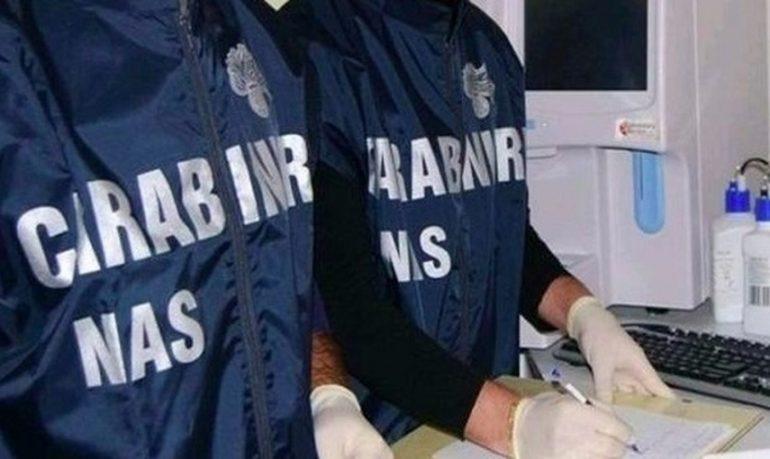 Coronavirus, Nas di Milano sequestra 363 cartelle cliniche di anziani morti nel Comasco