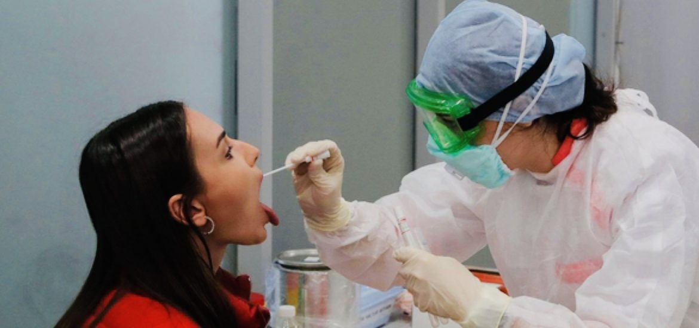 Piemonte: tampone obbligatorio per gli infermieri che si assentano dal lavoro per più di 5 giorni per ferie o altri motivi