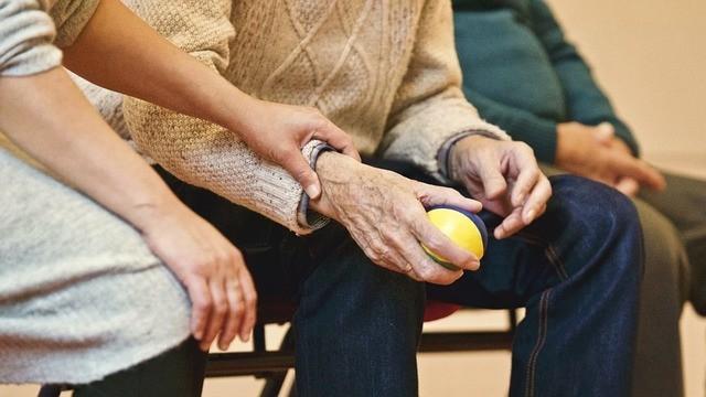 Puglia - Gestori delle Rsa chiedono incentivi per l'assunzione di personale sanitario