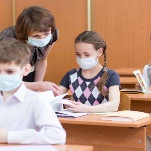 """Coronavirus, """"Uniche linee guida per la gestione dei casi sospetti a scuola sono nel documento Iss"""""""